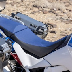 08R73-MKS-E00ZB : Honda blue low seat 2020 Honda CRF Africa Twin